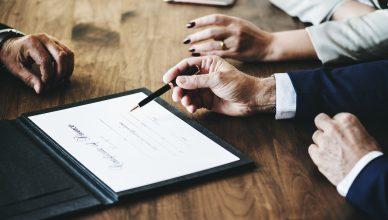 Contract overeenkomst opstellen advocaat